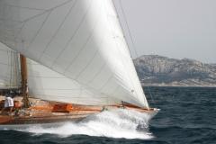 Eileen - 12mCr classic sailing yacht - bow