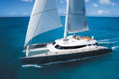Allures - performance cruising catamaran - blue water