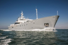 Enigma xK - exploration yacht - motoring