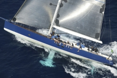 Magic Blue - performance sailing yacht - upwind