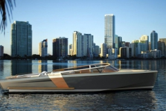 Turbocraft Thunderclap -luxury dayboat tender - profil miami